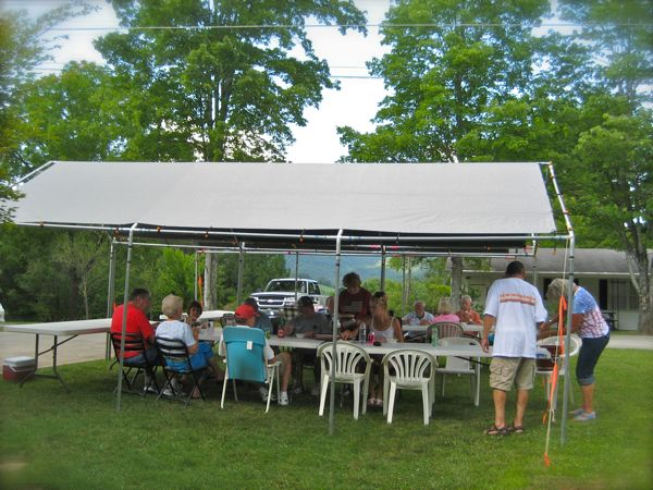 photo of memorial day picnic
