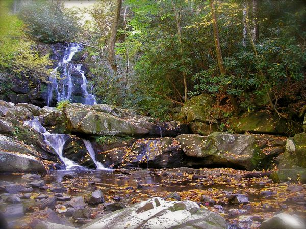 photo of spruce flat falls in the smokies