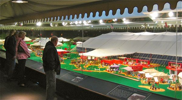 the miniature circus at ringling museum