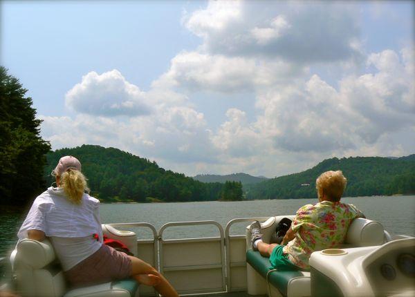 boat ride on lake glenville
