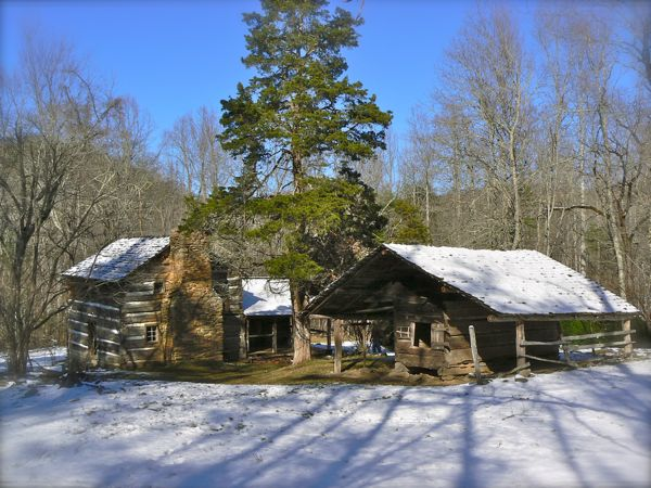 walker sisters cabin in the snow