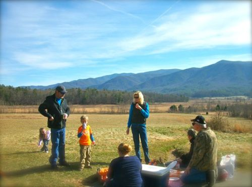 picnic in cades cove xmas