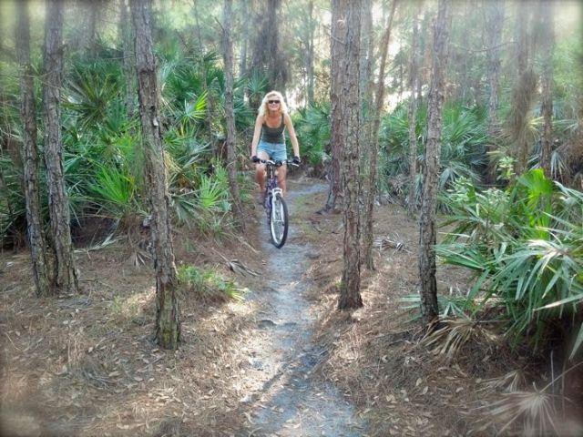 Rachelle siegrist biking grassy island trailpg