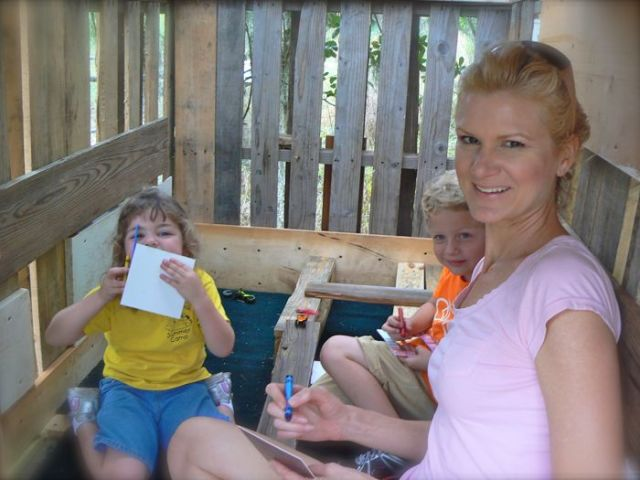 rachelle siegrist, tyler and haydyn in the tree house