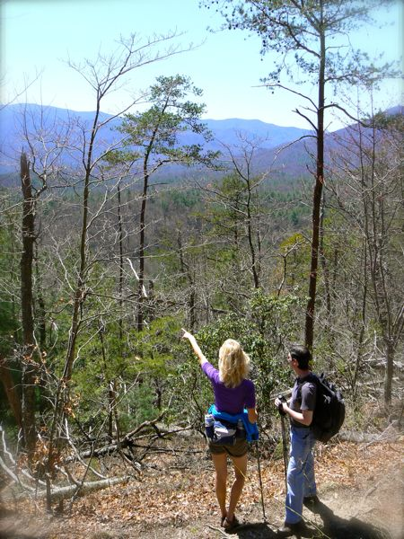rachelle siegrist and kit gentry on chimney tops trail