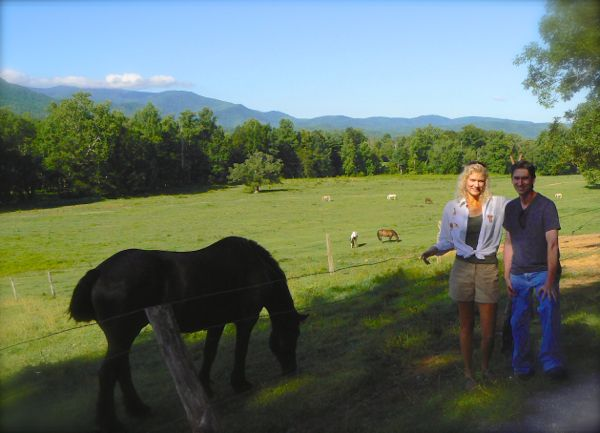 rachelle siegrist with horses in cades cove