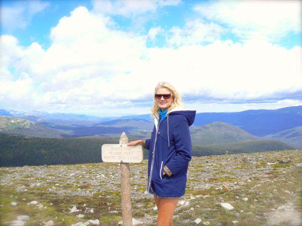 rachelle siegrist by alpine visitor center in rocky mountain national park