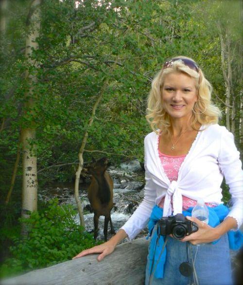 rachelle siegrist with an elk