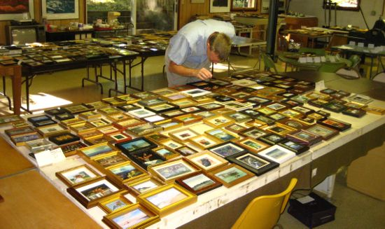 Wes Siegrist judging the 2010 MPSGS Exhibition
