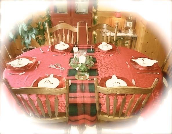 Christmas dinner at rachelle siegrists