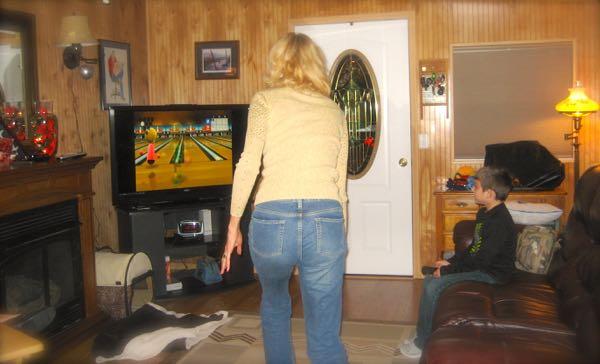 rachelle siegrist Wii bowling