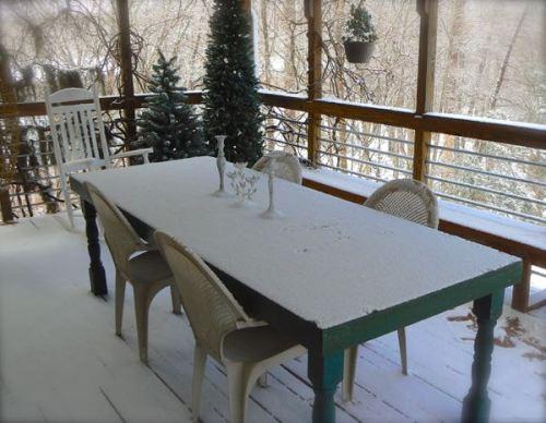 snowy dinner party at rachelle siegrist house
