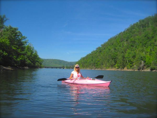 Rachelle Siegrist kayaking in the smokey mountains
