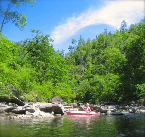 rachelle siegrist kayaking in the smokies