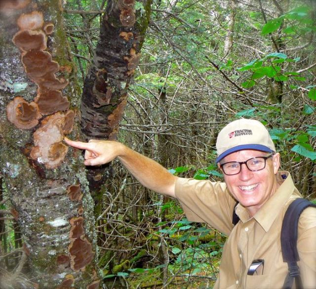 wes siegrsit with fungus on charlies bunion trail
