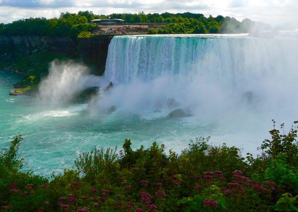 american falls by niagara falls