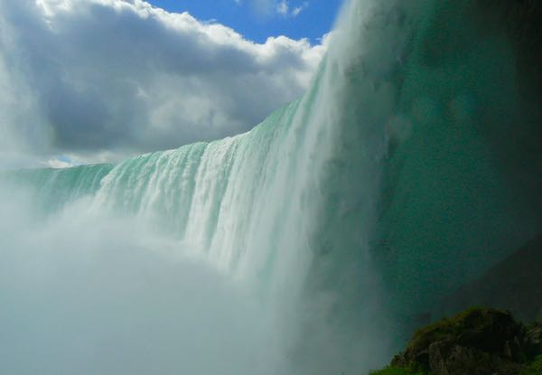 journey behind the falls niagara falls canada - 1
