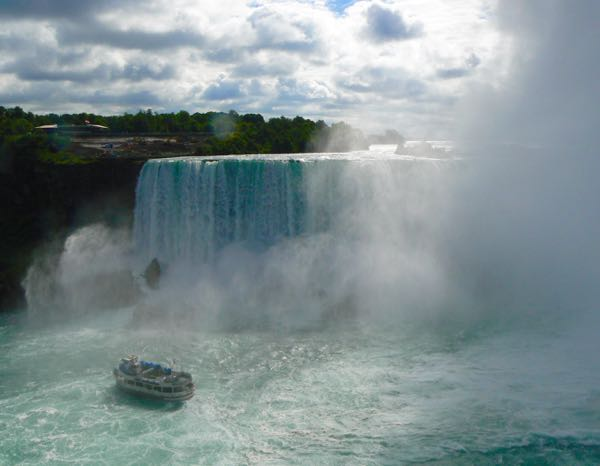 maid of the mist from niagara falls canada - 1