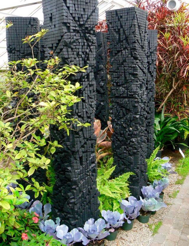shayne dark sculptures at Buffalo and Erie County Botanical Gardens - 1