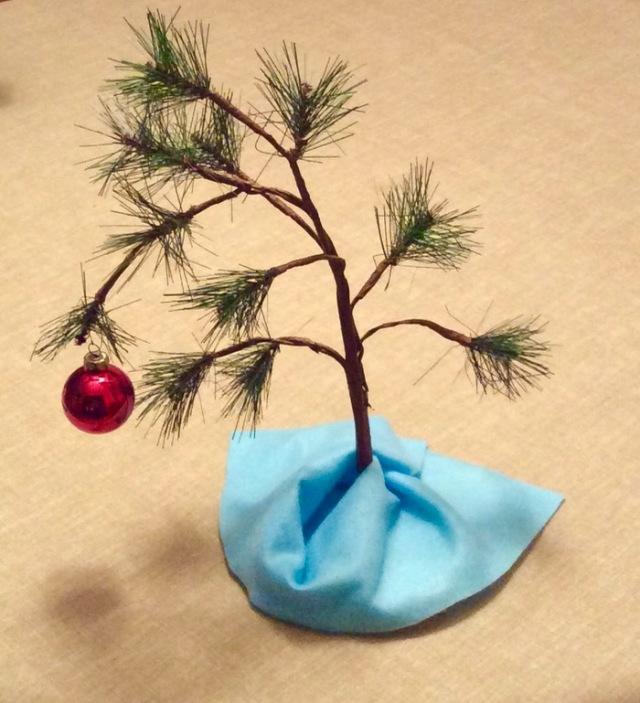 Charlie_Brown_Christmas_Tree photo - 1