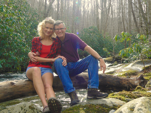 rachelle and wes siegrist in tremont smokies - 1