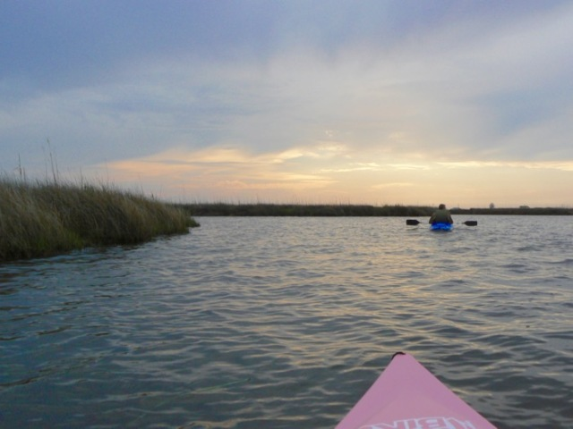 kayaking in roanoke sound.jpg