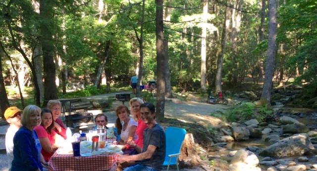 cades cove picnic rachelle and wes siegrist.jpg