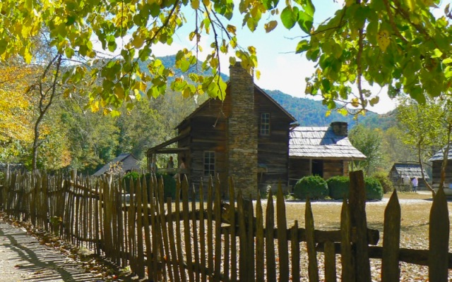 fall at Oconaluftee Visitor Center, Mountain Farm Museum.jpg