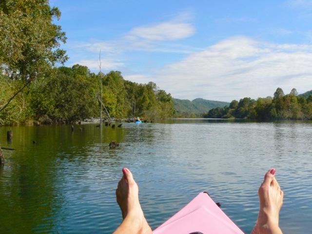rachelle-siegrist-kayaking