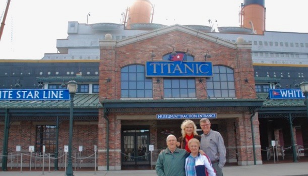 wes-and-rachelle-siegrist-at-titanic-museum