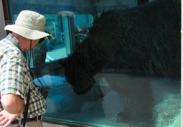 wes siegrist louisville zoo