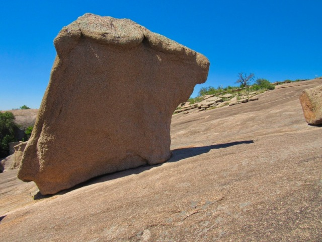 rock formations on enchanted rock