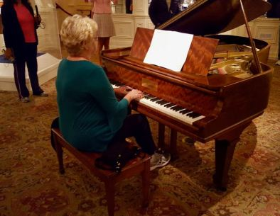 titanic grand piano