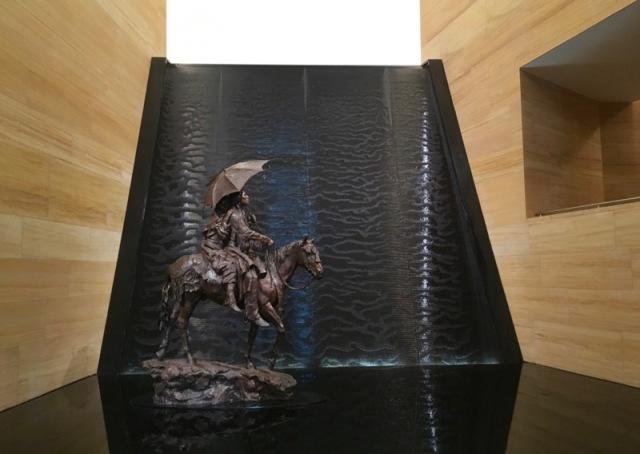 rachelle siegrist at the james museum of western &wildlife art1