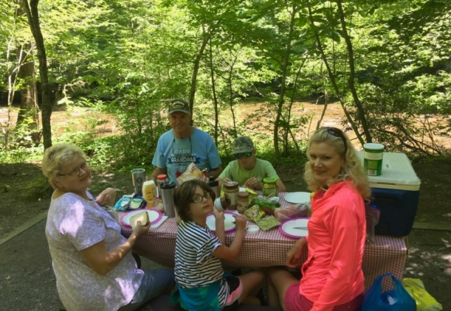 metcalf bottoms picnic