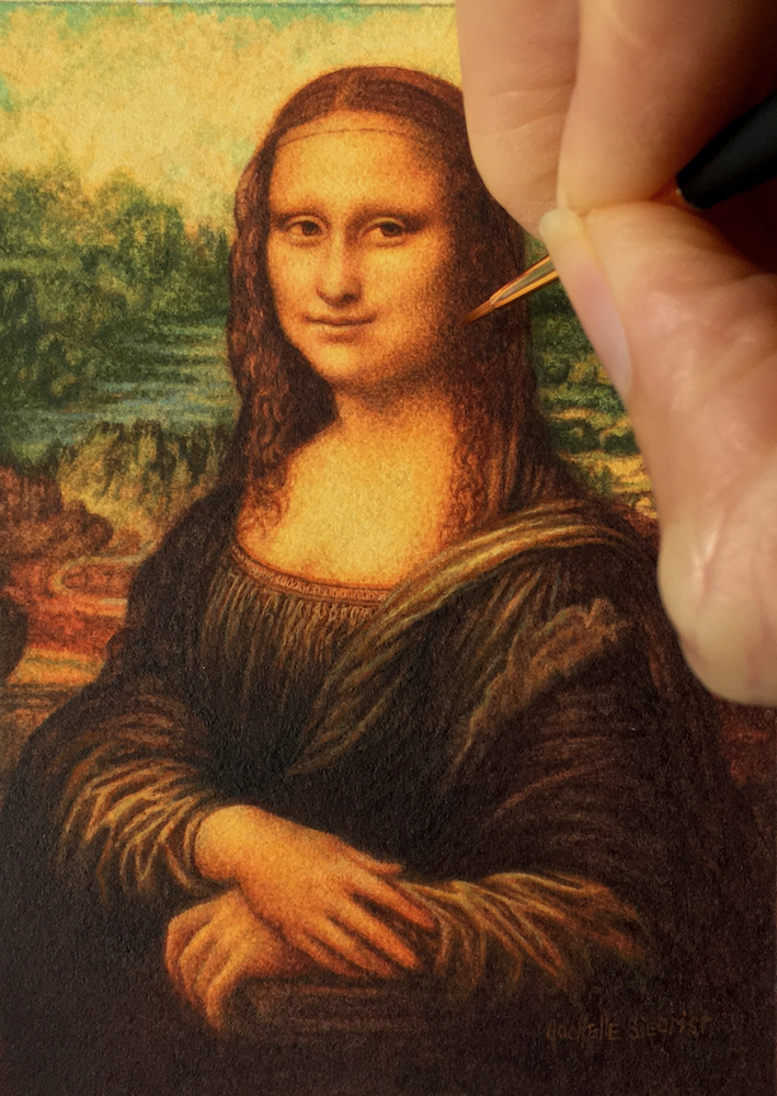 painting Da Vinci's Mona Lisa in miniature